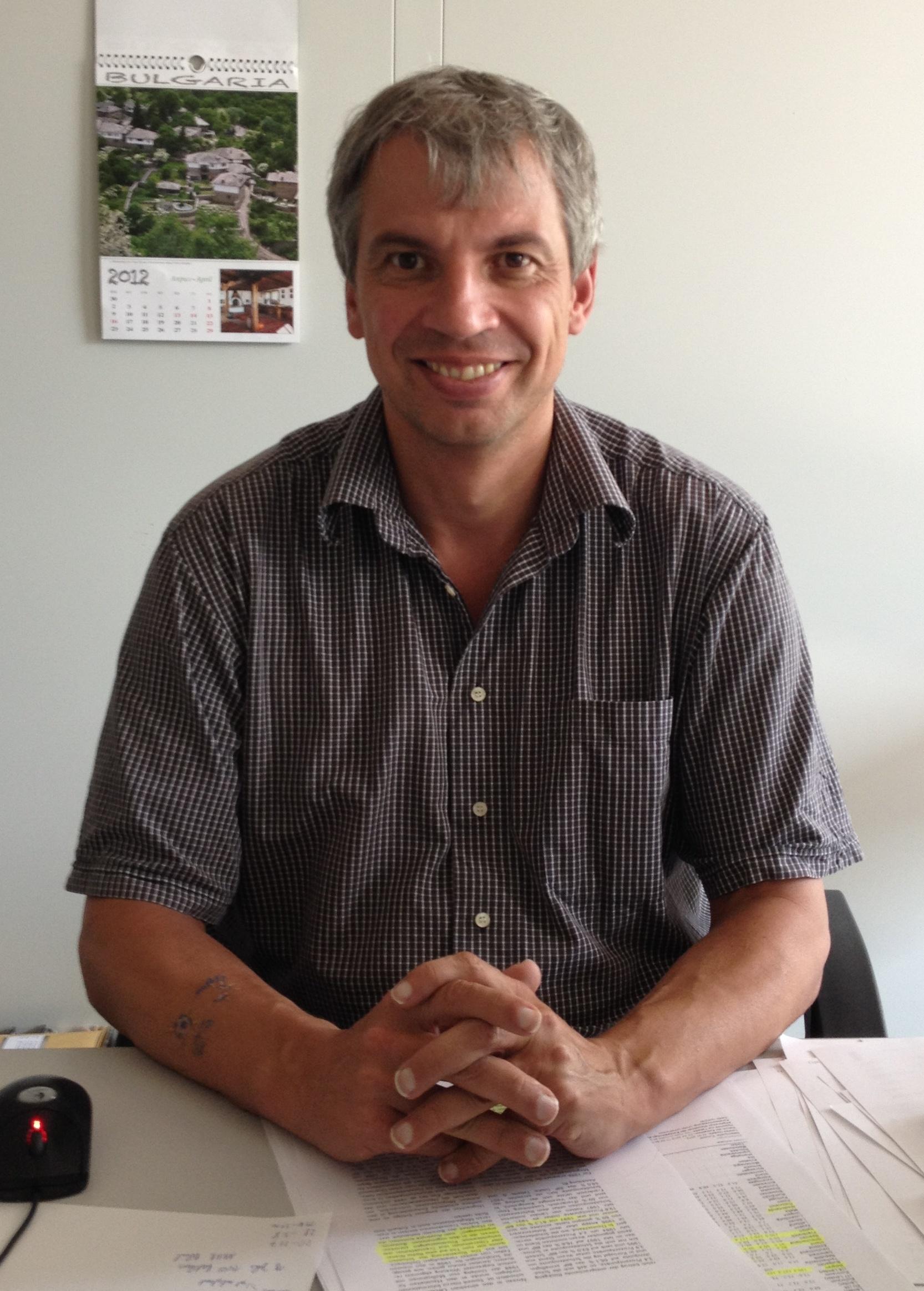 EXPERTE Prof. Dr. Oliver Sievering